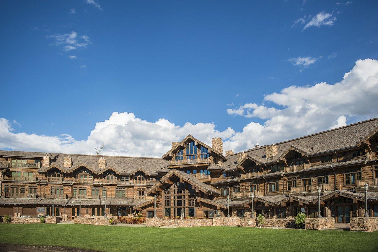 Warren Miller Lodge, Yellowstone Club, Big Sky, Montana.  Tony Demin for The Wall Street Journal. CLUB